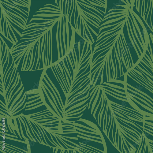 Spoed Fotobehang Tropische Bladeren Abstract exotic plant seamless pattern on green background. Green leaf wallpaper.