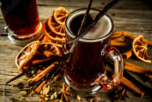 Stampa su Tela Hot Mulled Beer with spices