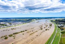 台風により増水した利根川中流域(2019年台風19号)