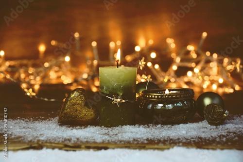 Weihnachtskarte - Grüne brennende Kerze mit Teelicht Canvas Print