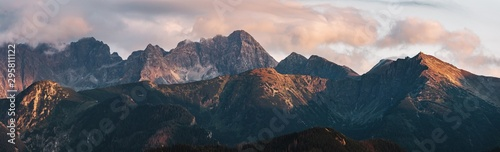 Obraz Mountain peaks at sunset. Tatra Mountains in Poland. - fototapety do salonu