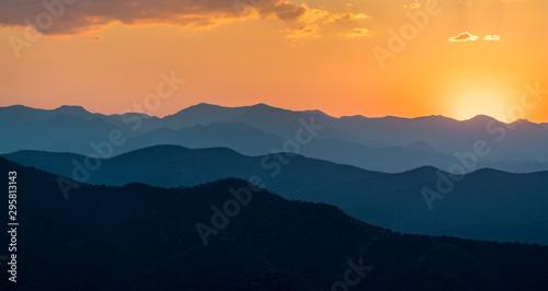 Poster de jardin Bleu vert Sunset over mountains in South Mexico