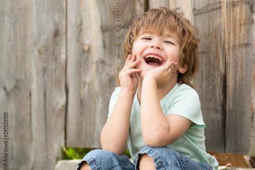Happy boy Tapéta, Fotótapéta