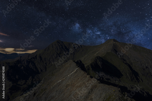 Fotografie, Obraz Snowdonia Crib Goch ridge and Mount Snowdon at night, Wales, UK