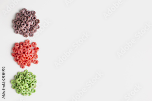 Pinturas sobre lienzo  Top view colorful cereal frame with copy space