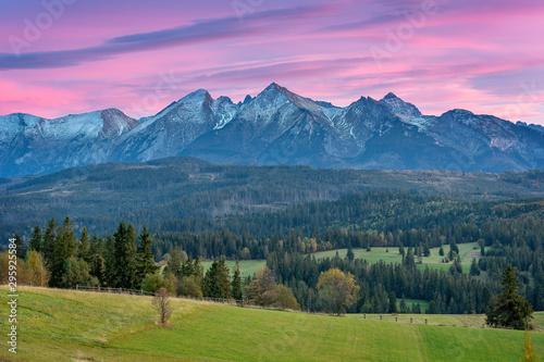 Obraz Górski krajobraz, panorama Tatr - fototapety do salonu