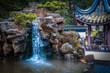 Japanischer Garten mit Wasserfall