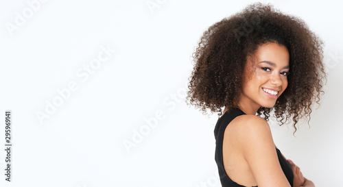 Fototapeta Pretty portrait of afro american model. obraz na płótnie