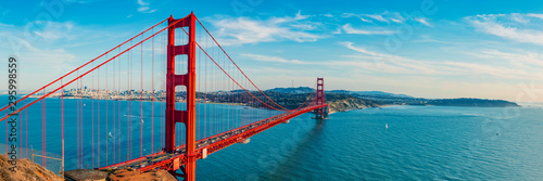 Spoed Fotobehang Bruggen Golden Gate Bridge panorama, San Francisco California