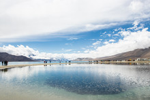 LEH LADAKH, INDIA - JUN19, 2018: Tourist Travel To See The High Mountain With White Cloud And Blue Sky On The Pagong Lake, Leh Ladakh, India