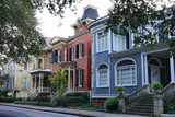 Fototapeta Sawanna - A row of colorful houses in Savannah Georgia