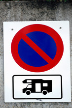 Sign Prohibiting The Parking Of Motorhomes
