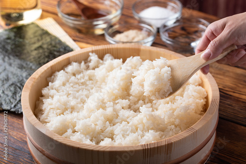 Stampa su Tela jaoanese sushi rice in wooden bowl with ingredients