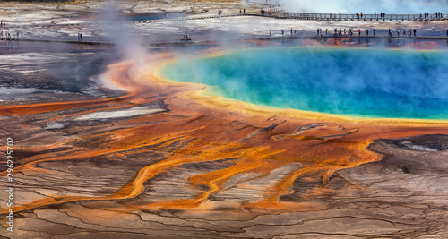 Fotografija Midway Geyser Basin, Yellowstone National Park, Wyoming / USA :August 27 2017: T