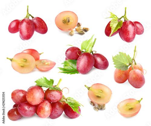 Set of fresh ripe grapes on white background Fototapete