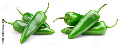 Photo Green pepper collection isolated on white background