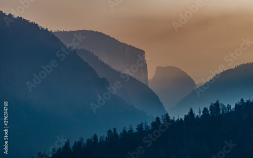 Yosemite National Park Valley Wallpaper Mural