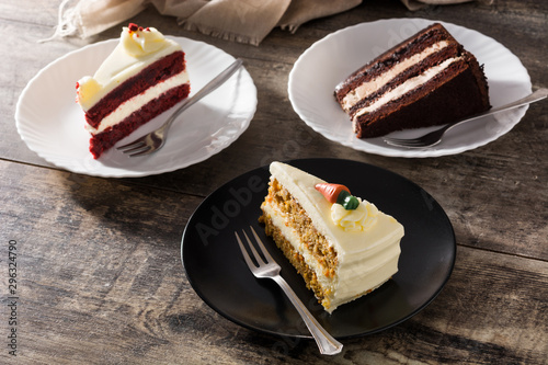 Fotografia, Obraz Assortment of sweet cake slices