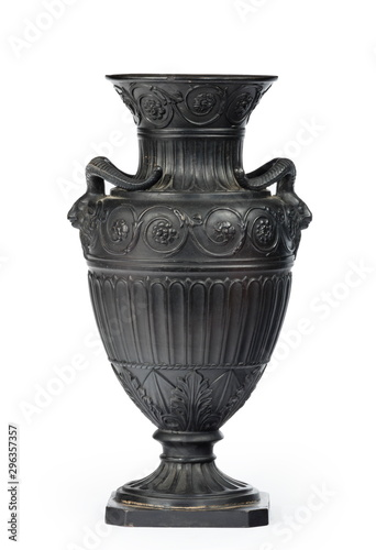 Foto Vintage Greek or Roman vase, amphora ornament in black isolated on white