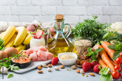 Cuadros en Lienzo  DASH flexitarian mediterranean diet to stop hypertension, low blood pressure