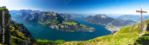 Fotografie, Obraz Fantastic view to Lake Lucerne with Rigi and Pilatus mountains, Brunnen town fro
