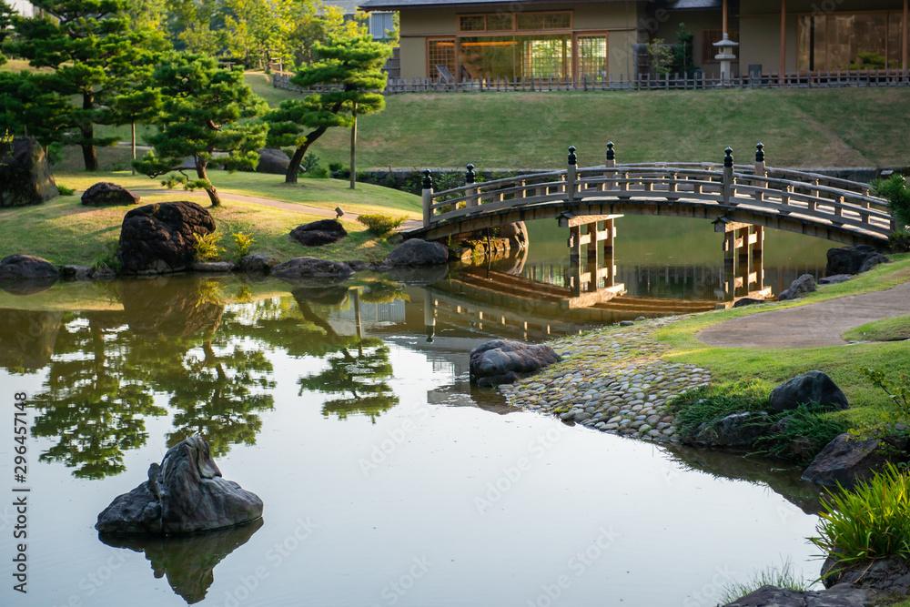 Japanese Garden (Gyokusen Inmaru Garden) at Kanazawa Castle, Ishikawa Prefecture, Japan <span>plik: #296457148 | autor: rayints</span>