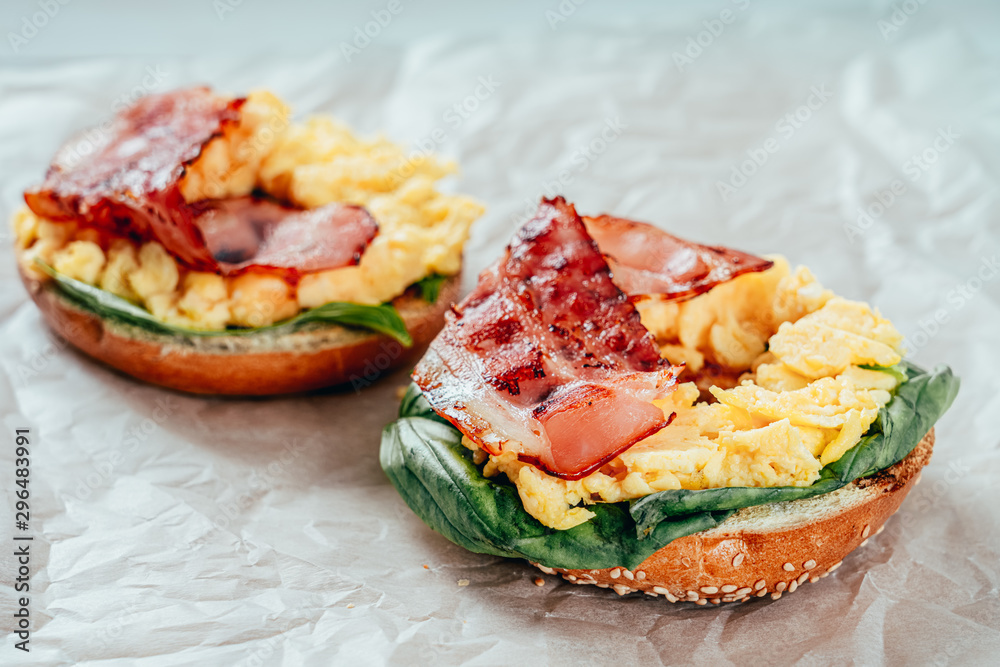 Fototapety, obrazy: Breakfast Bagel With Scrambled Eggs, Spinach And Bacon