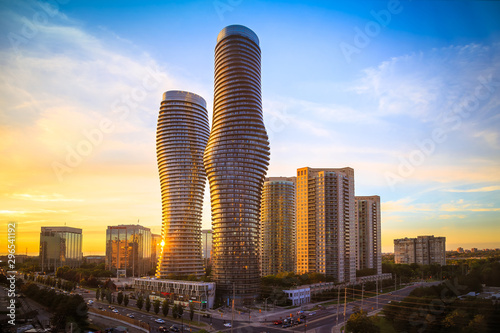 Photo  View of Mississauga city in Ontario Canada with modern buildings