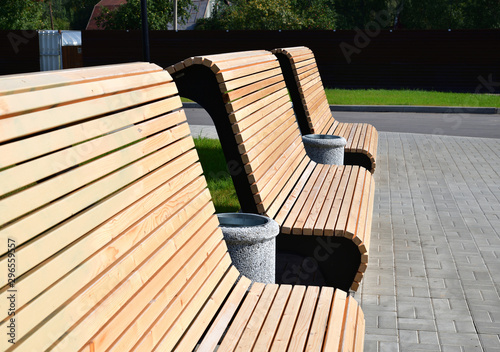 Papiers peints Gris traffic Beautiful wooden benches in a city park in Moscow, Russia