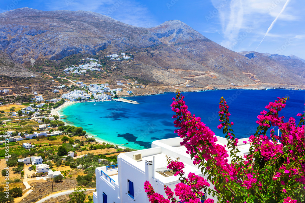 Fototapeta luxury Greek holidays - Amorgos island,Aegialis bay, Cyclades