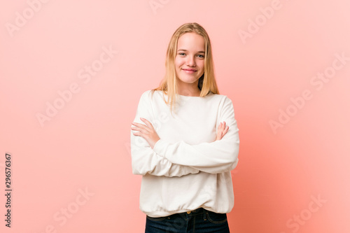 Young blonde teenager woman who feels confident, crossing arms with determination Tablou Canvas