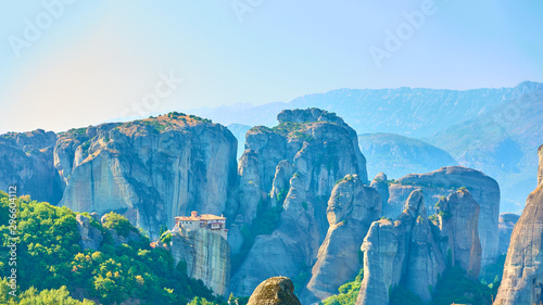 Foto auf Gartenposter Blau Jeans Panorama of Meteora rocks with The Monastery of Rousanou
