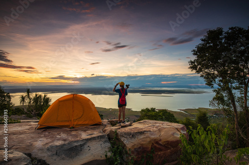 Young girl traveling   in Nam-Phong national park, Khon-Kaen province, Thailand Fotobehang