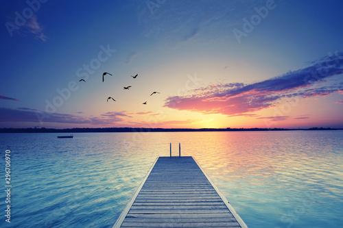 Fototapeta pomost   relaks-nad-jeziorem