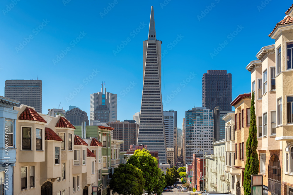 Fototapeta San Francisco downtown in sunny day summertime, California