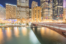 Picturesque Riverside Chicago ...