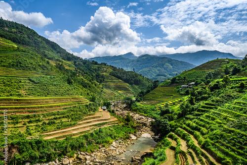 Fotobehang Rijstvelden Mu Cang Chai, landscape terraced rice field near Sapa, northern Vietnam