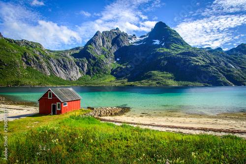 Poster Scandinavie A rorbu at a white beach in Raftsundet on the Lofoten Islands, Norway.