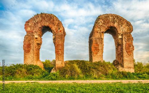 Fotobehang Oude gebouw Ruins of the Parco degli Acquedotti, Rome, Italy