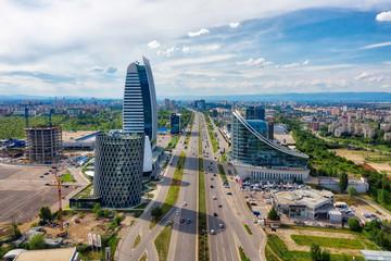 Drapacze chmur w dzielnicy biznesowej Sofii w Bułgarii, wykonane w maju 2019 r