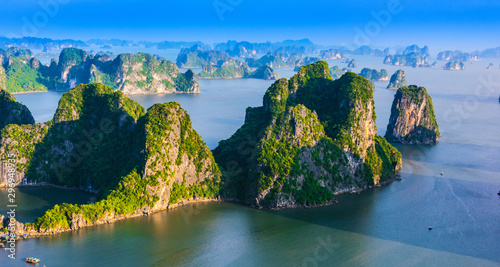Leinwand Poster  Panoramic view of Ha Long Bay, Vietnam
