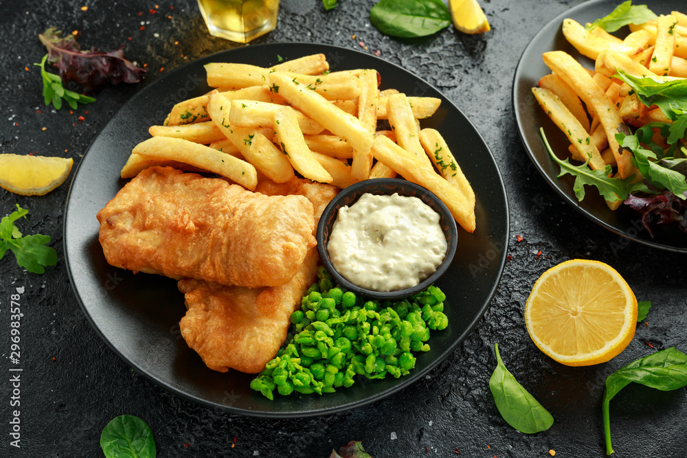 Fototapety, obrazy: British Traditional Fish and chips with mashed peas, tartar sauce and cold beer.