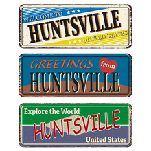 Vintage Tin Sign Collection With US. Huntsville City. Retro Souvenirs Or Old Paper Postcard Templates On Rust Background