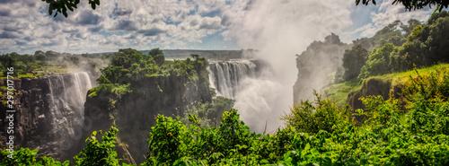 Montage in der Fensternische Wasserfalle Victoria falls