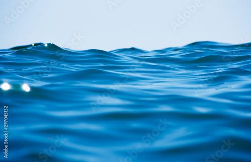 Fotografía  Blue sea water background texture