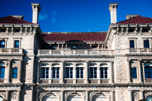 The Breakers Mansion Exterior Newport