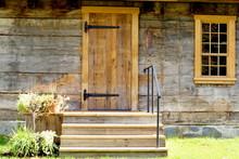 Porte De Maison En Bois