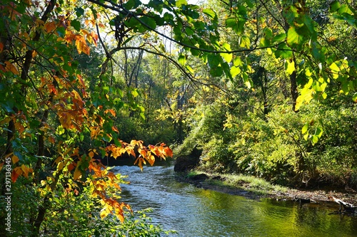 Foto auf Leinwand Wasserfalle View of the Delaware and Raritan (D&R) canal in Kingston, New Jersey, in the fall