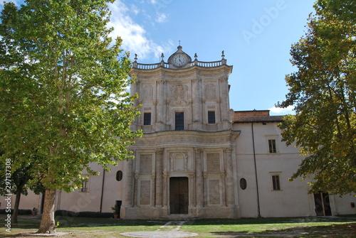 Abbazia celestiniana di Santo Spirito al Morrone, Sulmona, Abruzzo, Italia Wallpaper Mural