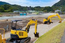 静岡県伊豆の国市狩野川 台風通過後の護岸工事